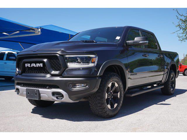 2019 Ram 1500 Crew Cab 4x2, Pickup #211122A1 - photo 3