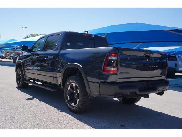 2019 Ram 1500 Crew Cab 4x2, Pickup #211122A1 - photo 4