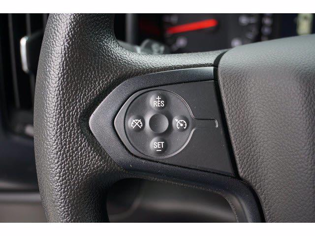 2018 Chevrolet Silverado 1500 Crew Cab 4x4, Pickup #211367A1 - photo 15