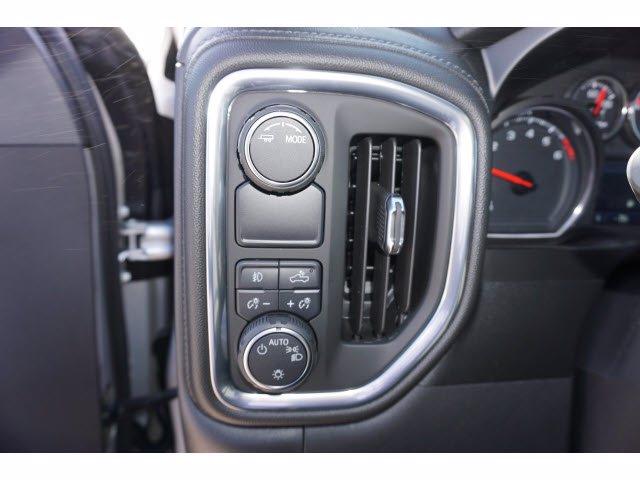 2021 Chevrolet Silverado 1500 Crew Cab 4x2, Pickup #211372 - photo 14