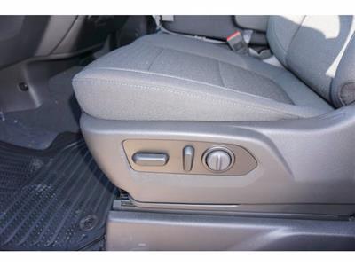 2021 Chevrolet Silverado 1500 Crew Cab 4x2, Pickup #211372 - photo 12