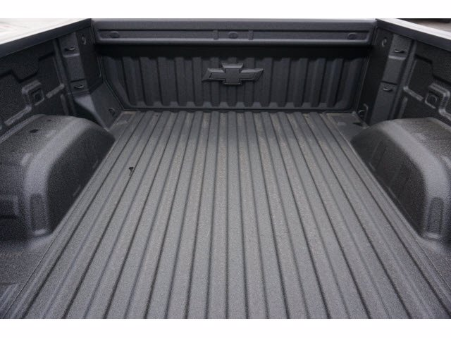 2021 Chevrolet Silverado 1500 Crew Cab 4x4, Pickup #211494 - photo 19