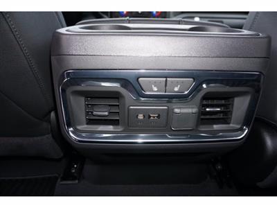 2021 Chevrolet Silverado 1500 Crew Cab 4x2, Pickup #211552 - photo 17