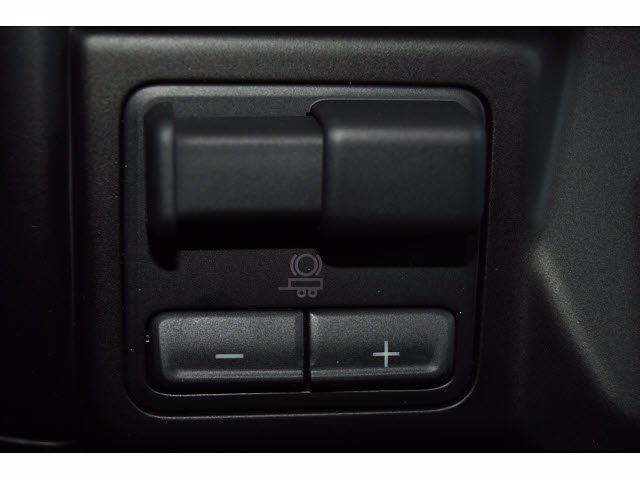2021 Chevrolet Silverado 1500 Crew Cab 4x2, Pickup #211575 - photo 13