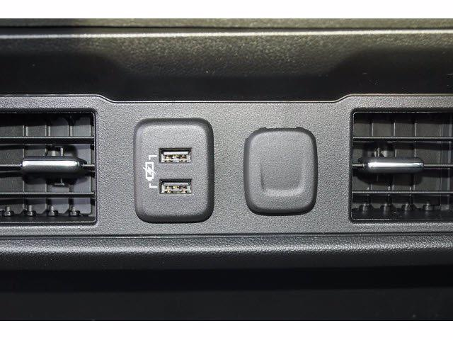 2021 Chevrolet Silverado 1500 Crew Cab 4x2, Pickup #211598 - photo 13