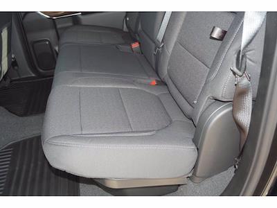 2021 Chevrolet Silverado 1500 Crew Cab 4x2, Pickup #211634 - photo 16