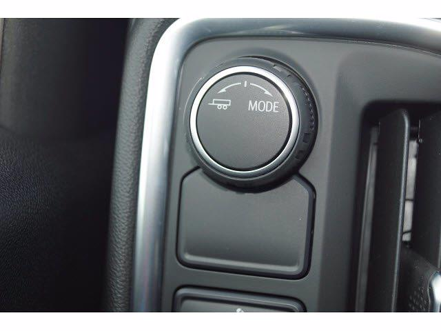 2021 Chevrolet Silverado 1500 Crew Cab 4x2, Pickup #211796 - photo 10