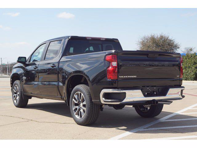 2021 Chevrolet Silverado 1500 Crew Cab 4x2, Pickup #211796 - photo 2