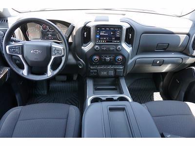 2020 Chevrolet Silverado 1500 Crew Cab 4x4, Pickup #211797B1 - photo 7