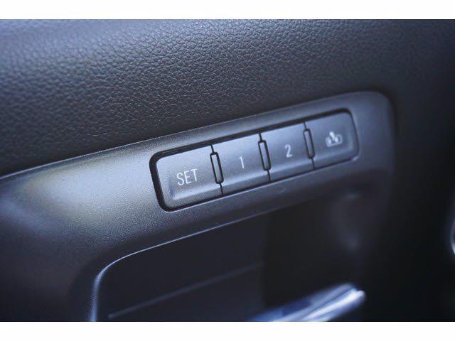 2016 Chevrolet Silverado 1500 Crew Cab 4x4, Pickup #211850A1 - photo 18