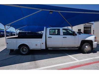 2018 Chevrolet Silverado 3500 Crew Cab DRW 4x4, Hauler Body #212000A1 - photo 4