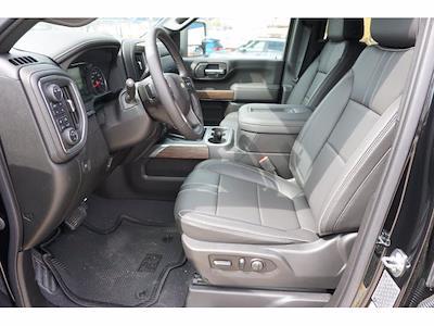 2021 Chevrolet Silverado 2500 Crew Cab 4x4, Pickup #212008 - photo 9
