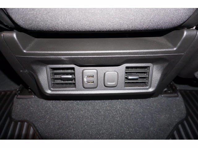 2021 Chevrolet Silverado 1500 Crew Cab 4x4, Pickup #212016 - photo 9