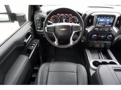 2020 Chevrolet Silverado 2500 Crew Cab 4x4, Pickup #212042A1 - photo 7