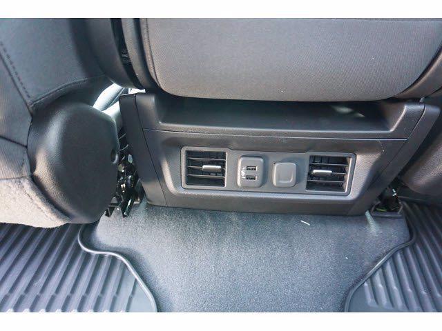 2021 Chevrolet Silverado 1500 Crew Cab 4x4, Pickup #212123 - photo 17