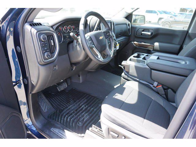 2021 Chevrolet Silverado 1500 Crew Cab 4x4, Pickup #212123 - photo 8