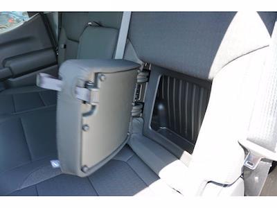 2021 Chevrolet Silverado 1500 Crew Cab 4x4, Pickup #212123 - photo 18