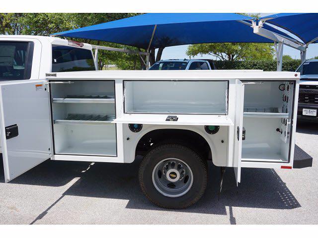 2021 Chevrolet Silverado 3500 Crew Cab AWD, Knapheide Steel Service Body #212151 - photo 9
