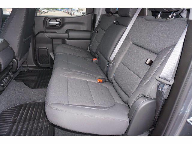 2021 Chevrolet Silverado 1500 Crew Cab 4x4, Pickup #212159 - photo 9