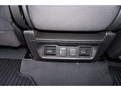2021 Chevrolet Silverado 1500 Crew Cab 4x4, Pickup #212159 - photo 17