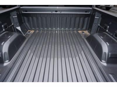 2021 Chevrolet Silverado 1500 Crew Cab 4x4, Pickup #212159 - photo 19