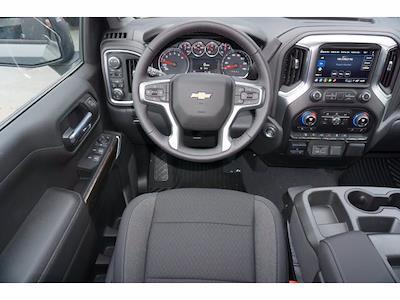 2021 Chevrolet Silverado 1500 Crew Cab 4x4, Pickup #212159 - photo 7