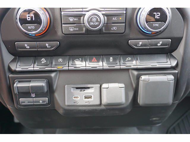 2021 Chevrolet Silverado 1500 Crew Cab 4x4, Pickup #212195 - photo 11