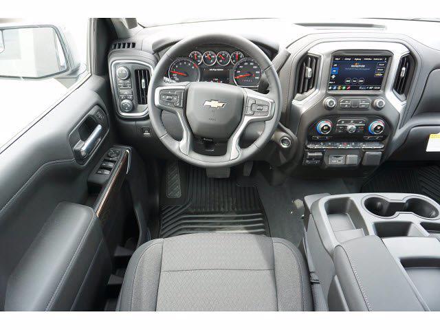 2021 Chevrolet Silverado 1500 Crew Cab 4x4, Pickup #212195 - photo 7