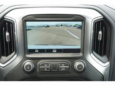 2021 Chevrolet Silverado 1500 Crew Cab 4x4, Pickup #212195 - photo 6