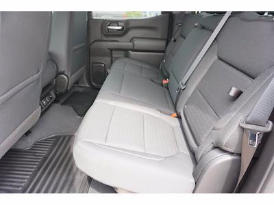 2021 Chevrolet Silverado 1500 Crew Cab 4x4, Pickup #212195 - photo 9