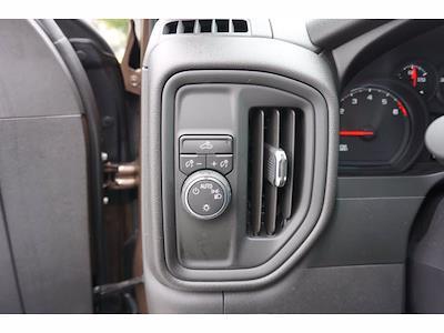 2019 Chevrolet Silverado 1500 Crew Cab 4x2, Pickup #212240B1 - photo 15