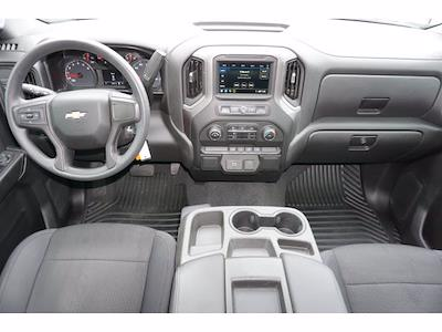 2019 Chevrolet Silverado 1500 Crew Cab 4x2, Pickup #212240B1 - photo 7