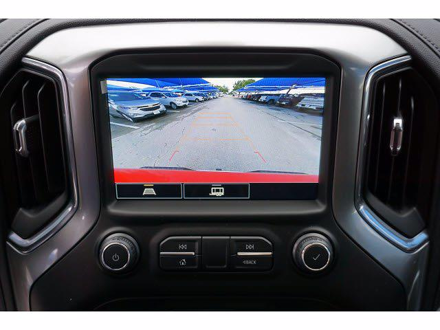 2021 Chevrolet Silverado 1500 Crew Cab 4x4, Pickup #212266 - photo 6