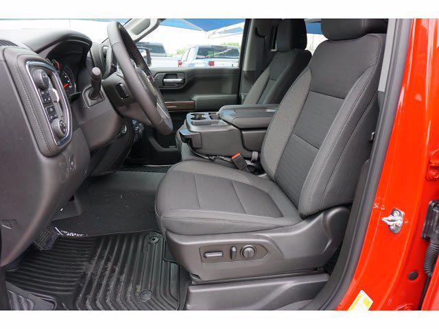 2021 Chevrolet Silverado 1500 Crew Cab 4x4, Pickup #212266 - photo 8