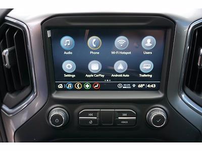 2021 Chevrolet Silverado 1500 Crew Cab 4x4, Pickup #212266 - photo 5