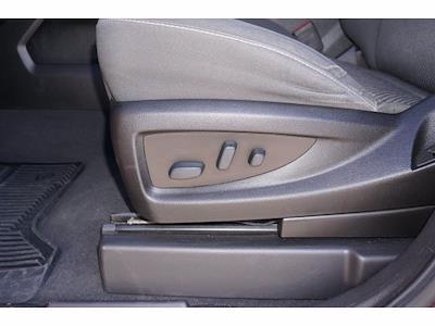 2018 Chevrolet Silverado 1500 Crew Cab 4x2, Pickup #212301A1 - photo 16
