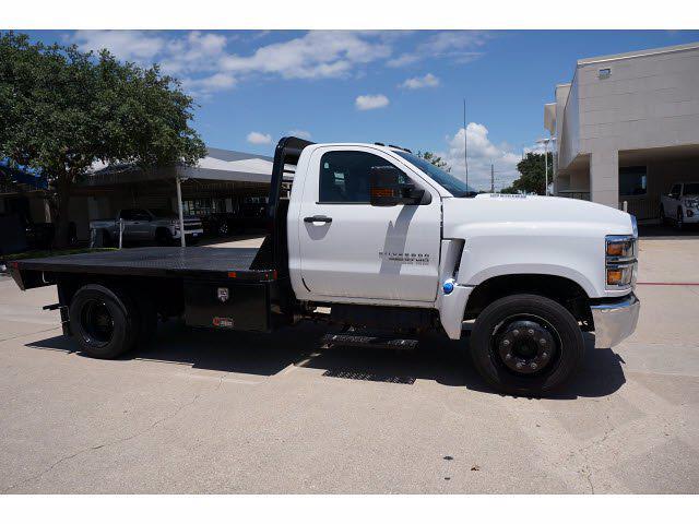 2021 Chevrolet Silverado 5500 Regular Cab DRW 4x2, General Truck Body Gooseneck Platform Body #212342 - photo 5