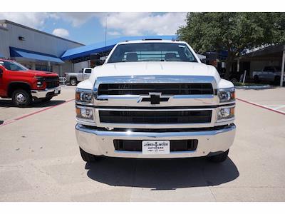 2021 Chevrolet Silverado 5500 Regular Cab DRW 4x2, General Truck Body Gooseneck Platform Body #212342 - photo 3