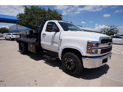 2021 Chevrolet Silverado 5500 Regular Cab DRW 4x2, General Truck Body Gooseneck Platform Body #212342 - photo 4