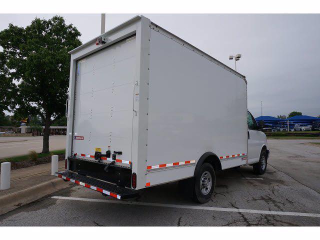 2021 Chevrolet Express 3500 4x2, Morgan Cutaway Van #212379 - photo 6