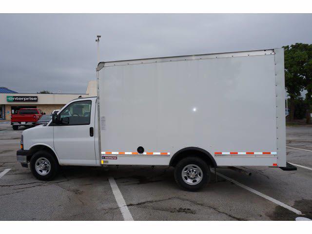 2021 Chevrolet Express 3500 4x2, Morgan Cutaway Van #212379 - photo 8