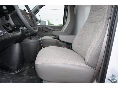 2021 Chevrolet Express 3500 4x2, Morgan Cutaway Van #212380 - photo 13