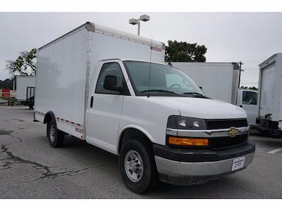 2021 Chevrolet Express 3500 4x2, Morgan Cutaway Van #212380 - photo 4