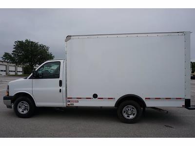 2021 Chevrolet Express 3500 4x2, Morgan Cutaway Van #212380 - photo 8