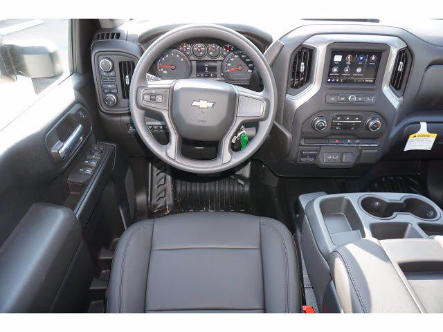 2021 Chevrolet Silverado 3500 Crew Cab AWD, CM Truck Beds Dealers Truck Platform Body #212389 - photo 10