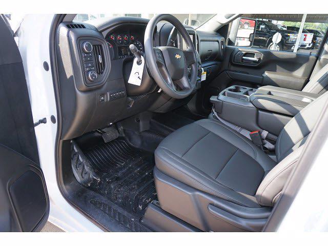 2021 Chevrolet Silverado 3500 Crew Cab AWD, CM Truck Beds Dealers Truck Platform Body #212389 - photo 11