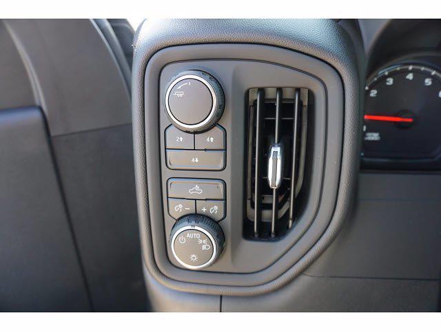 2021 Chevrolet Silverado 3500 Crew Cab AWD, CM Truck Beds Dealers Truck Platform Body #212389 - photo 14