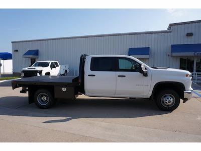2021 Chevrolet Silverado 3500 Crew Cab AWD, CM Truck Beds Dealers Truck Platform Body #212389 - photo 5