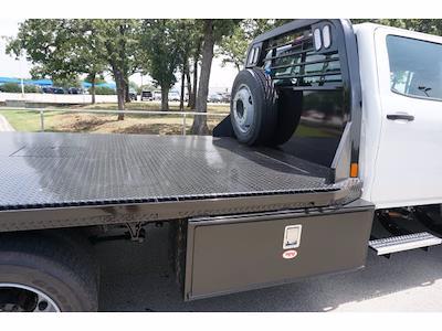 2021 Chevrolet Silverado 5500 Crew Cab DRW 4x2, CM Truck Beds RD Model Platform Body #212396 - photo 11