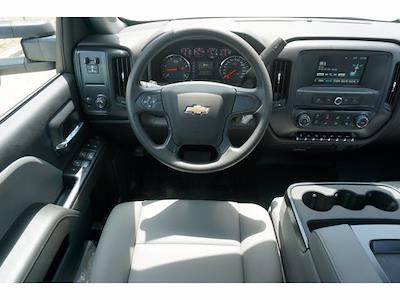 2021 Chevrolet Silverado 5500 Crew Cab DRW 4x2, CM Truck Beds RD Model Platform Body #212396 - photo 13